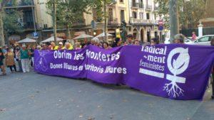 """Die Karawane für Griechenland """"Öffnet die Grenzen"""" ist in Barcelona gestartet"""
