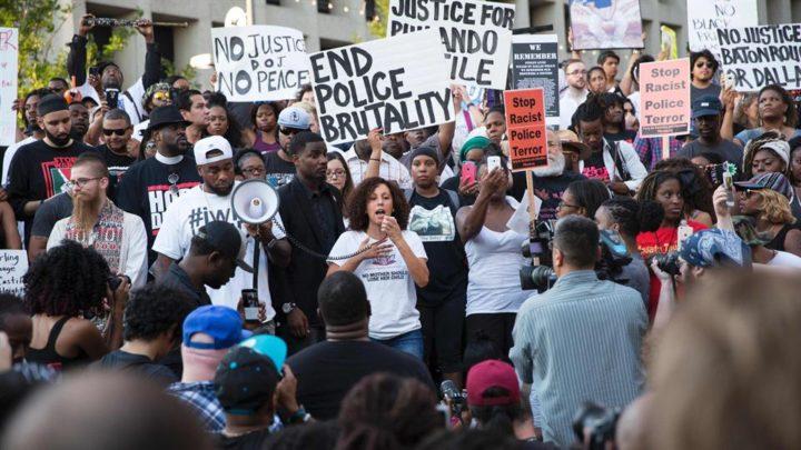 Estados Unidos: hay más afroamericanos encarcelados o con libertad condicional que esclavos en 1850