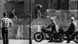 1961: Deutschland im Jahr des Mauerbaus
