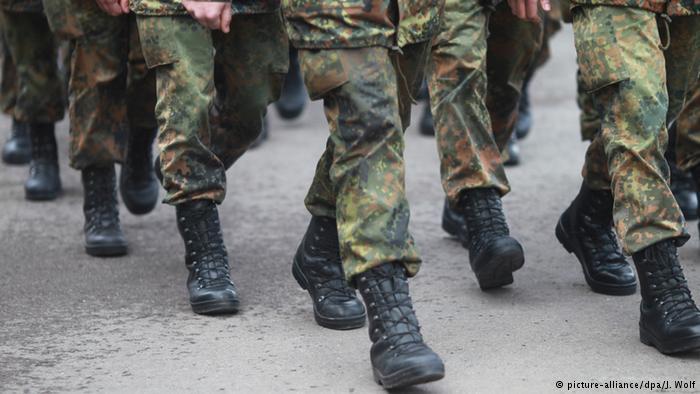 Regierungskonzept spielt Wiederaufleben der Wehrpflicht durch