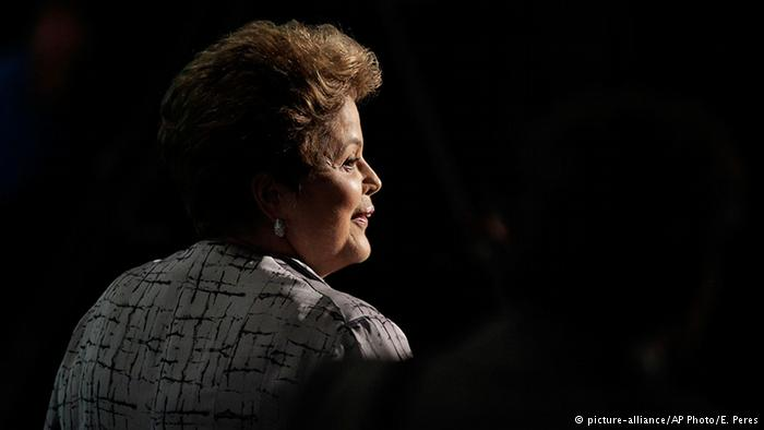 """Destitución de Rousseff: """"Hoy es un día negro para la democracia latinoamericana"""""""