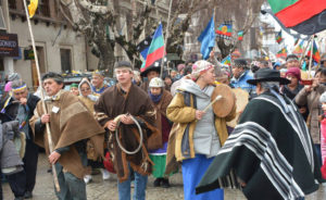 Naciones originarias se apropiaron de las calles de Furilofce