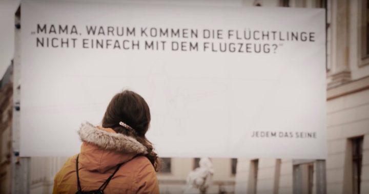Στο Δικαστήριο δοκιμάζεται η γερμανική απαγόρευση για τους πρόσφυγες που φτάνουν αεροπορικώς