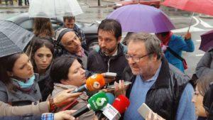 Javier Barbero solicita entrar en el CIE de Aluche