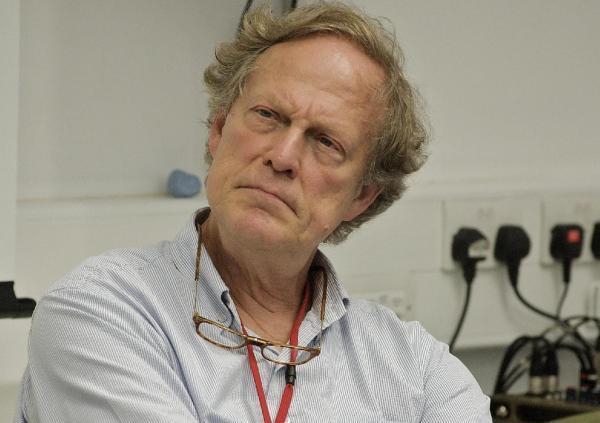 Gavin MacFadyen, Gründer des Zentrums für investigativen Journalismus, ist gestorben