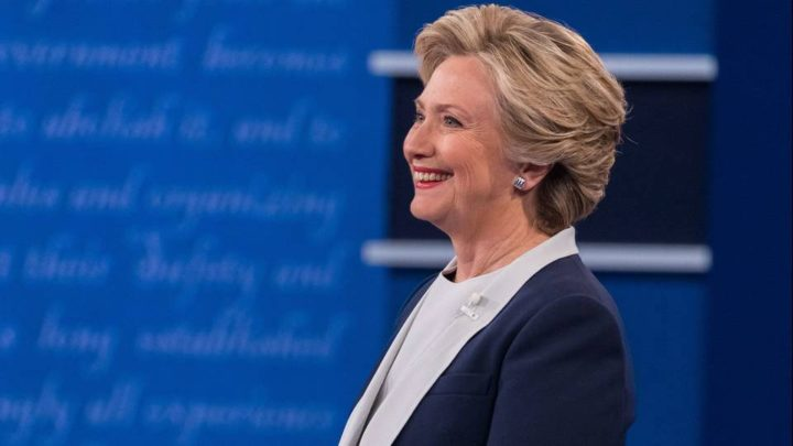 Leaked Emails Show Clinton Campaign Struggling to Address Sanders's Popularity