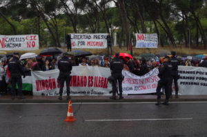 Protesta en CIE Madrid: «Ningún ser humano es ilegal»