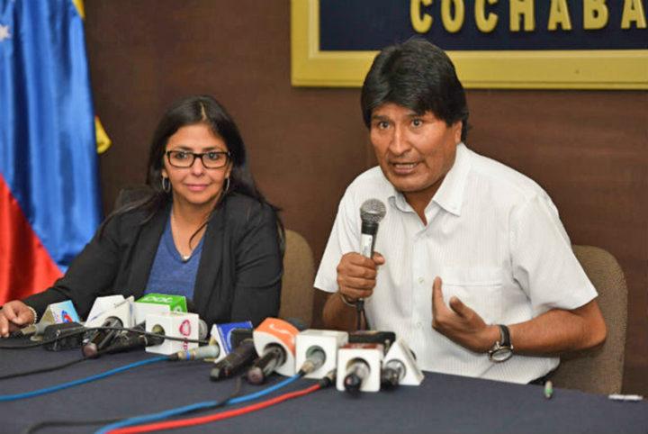 Presidente da Bolívia denuncia golpe na Venezuela e se solidariza com Maduro