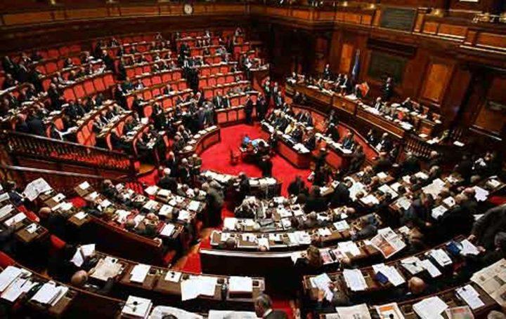 Referendum costituzionale, il Parlamento che dovrebbe controllare il Governo