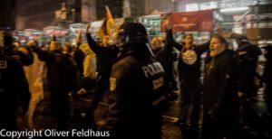 Rechtsextreme Demonstration im Zentrum Berlins und Räumung der Gegendemonstration