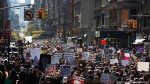 Las protestas ciudadanas contra Trump no cesan