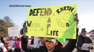 Protestas a nivel mundial exigen que el Ejército estadounidense rechace el oleoducto Dakota Access