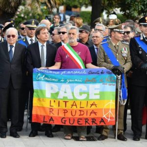 4 novembre, Renato Accorinti ci ricorda la pace e l'articolo 11
