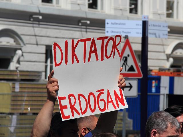 Avvocati in sciopero della fame in Turchia, Mediterranea aderisce a tweet bombing promosso da Giuristi Democratici