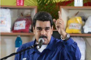 Nicolas Maduro dénonce le coup d'état financier contre le Venezuela