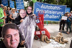 Kabinett bringt Autobahnprivatisierung in den Bundestag ein