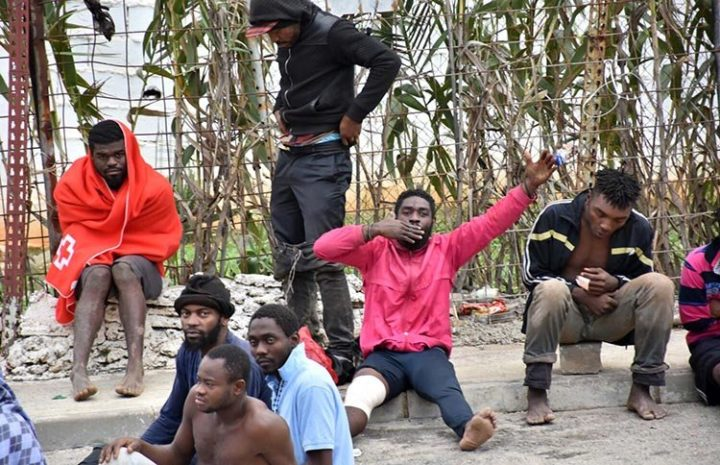 Entran 400 migrantes y el CETI de Ceuta está al borde del colapso