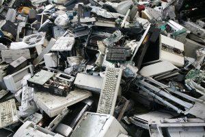Rifiuti elettronici: una guida per non avvelenarci!