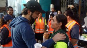 Alcalde de Valparaíso desayuna con quienes limpian la ciudad
