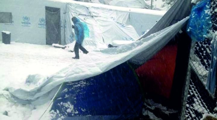 Refugees in Greece: winter in a tent