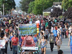 El Bolsón: más de 9.000 personas marcharon contra loteo de tierras