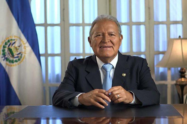 Presidente salvadoreño insta al diálogo a 25 años de Acuerdos de Paz