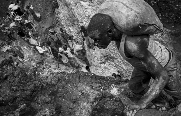 In Congo le vittime del nostro benessere