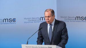Lavrov y Mogherini examinan la situación en Donbás