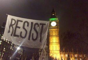 Proteste anti-Trump a Londra e in tutto il Regno Unito