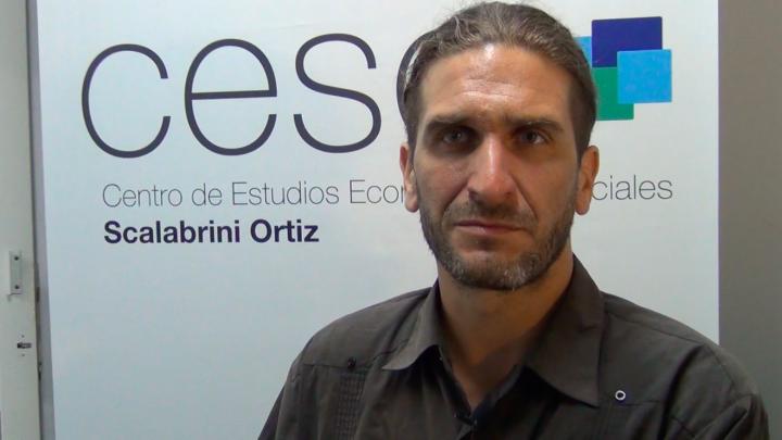 Es por esto que el cambio liberal de Macri genera exclusión social – entrevista a Andrés Asiain