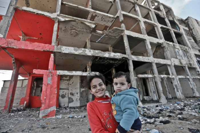 """""""Nous ne sommes ni morts ni vivants, nous sommes suspendusˮ : Gaza se débat dans un état de crise perpétuelle"""