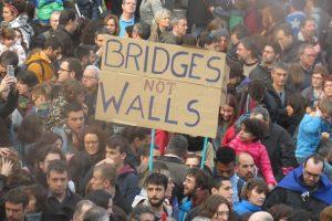 Flashmob für notleidende Flüchtende an Europas Peripherie