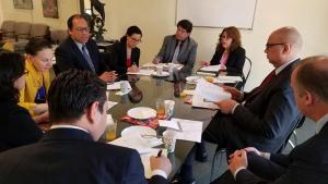 Consulado ecuatoriano en EUA acciona en defensa de latinoamericanos
