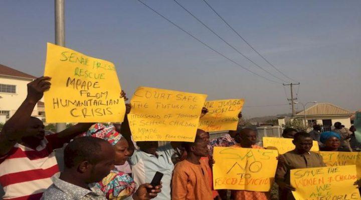 Nigeria, l'Alta corte ferma lo sgombero di migliaia di persone