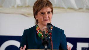 Líder da Escócia vai pedir novo referendo para deixar Reino Unido