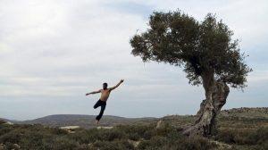 """Maher Shawamreh, danseur palestinien : """"Par la danse, je communique avec toutes les cultures du mondeˮ"""