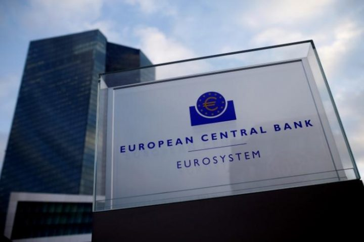 Varoufakis and De Masi clash with ECB on transparency