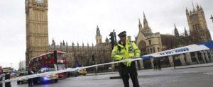 Londra: assalto al Parlamento