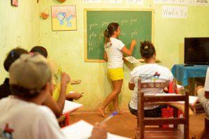 Projeto coordenado pelo MST alfabetiza mais de 7 mil pessoas com método cubano