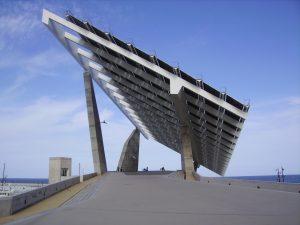 El ayuntamiento de Barcelona crea Barcelona Energia, una comercializadora de energía eléctrica pública