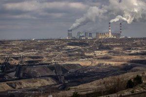 Generali, basta investimenti nel carbone killer del clima