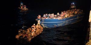 Le Ong rispondono a testa alta alle accuse, continuando a salvare vite umane