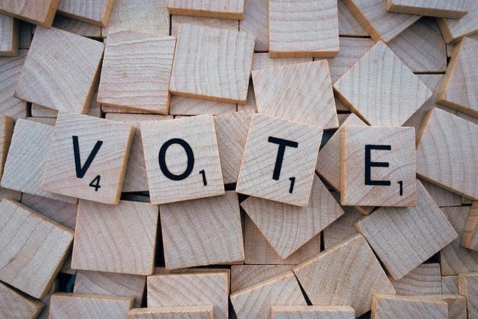 """Γαλλία: για άλλη μια φορά στην παγίδα της """"χρήσιμης ψήφου"""";"""