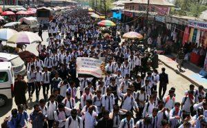 Kashmir: brutale repressione della polizia contro gli studenti