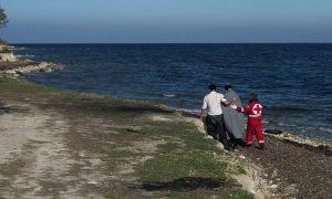 Les Grecs cautionnent le fait que les réfugiés travaillent
