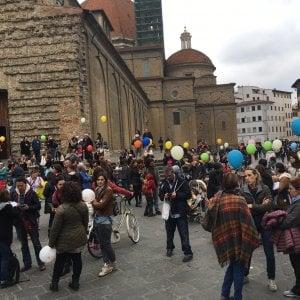 Oltre 400 persone a Firenze all'assemblea anti decreto Lorenzin