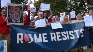 'Rome resists', la protesta anti Trump de los estadounidenses
