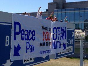 Des militant-e-s pour la Paix ont retardé le sommet de l'OTAN