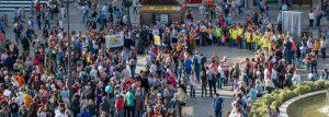 Símbolos humanos de la paz y la noviolencia en el sexto aniversario del 15 M