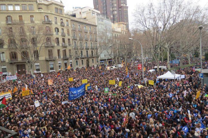 «Casa nostra, casa vostra» de Barcelona participará en la movilización del 20 de mayo en Milán